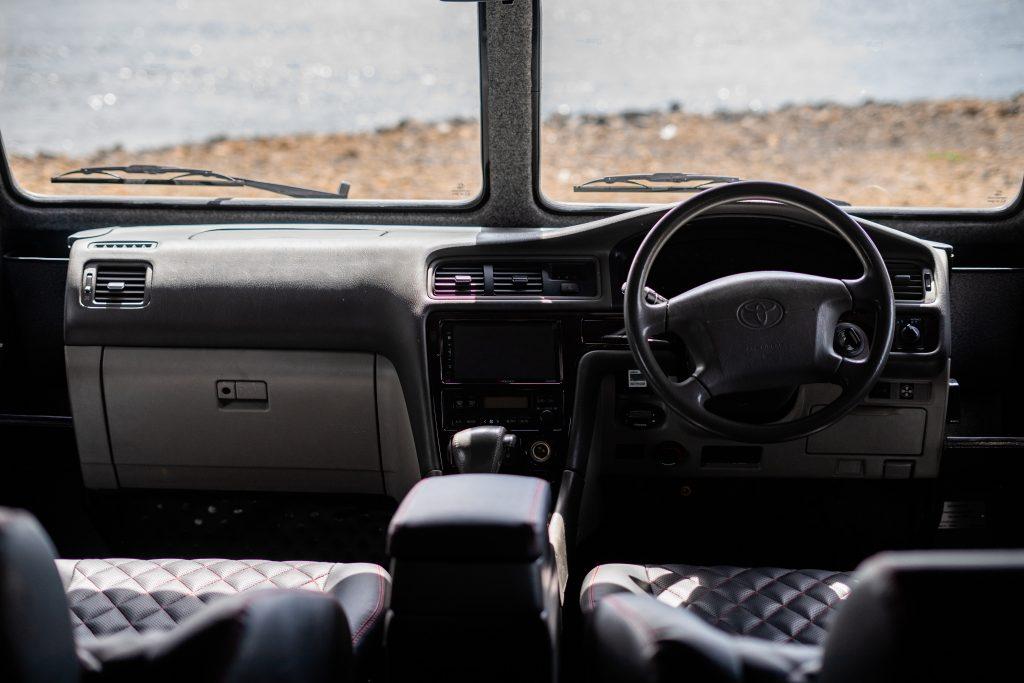 3350 север место водителя