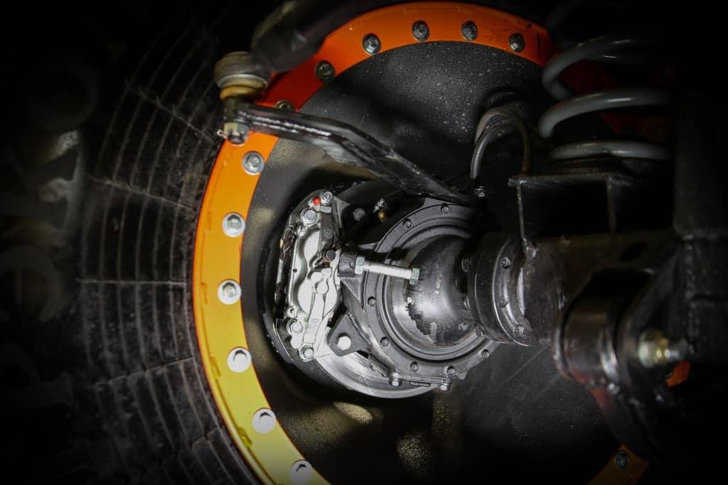 Внутренний вид на колесо низкого давления вездехода Север